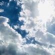 日光浴が命に関わる!28歳男性庭先で死亡。ネットでは「やりきれない...」「まさか...」の声