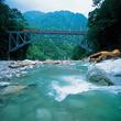 【富山県の絶景】心の底から癒やされる!黒部峡谷をゆっくり進むトロッコ電車の絶景5選