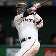 巨人・坂本勇、先制となる32号弾 2010年以来9年ぶりに自己記録更新