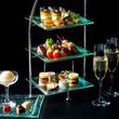 シャンパンで楽しむ大人の茶会「イブニングハイティー」が横浜で開催
