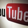 YouTube、210のチャンネルを閉鎖 香港デモの情報操作で