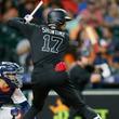 【MLB】大谷翔平、1点追う7回好機で空振り三振 黒の「SHOWTIME」ユニで4打席凡退