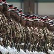 ケニア、中国製装甲車に乗車中の5人死亡 安全性に疑問