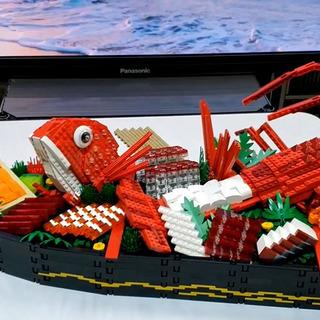 レゴで「船盛り」を作ってみた…鯛や伊勢海老の…