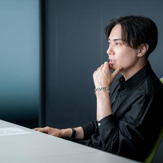 """声優・鈴木達央流""""最強系主人公""""の演じかた─…"""