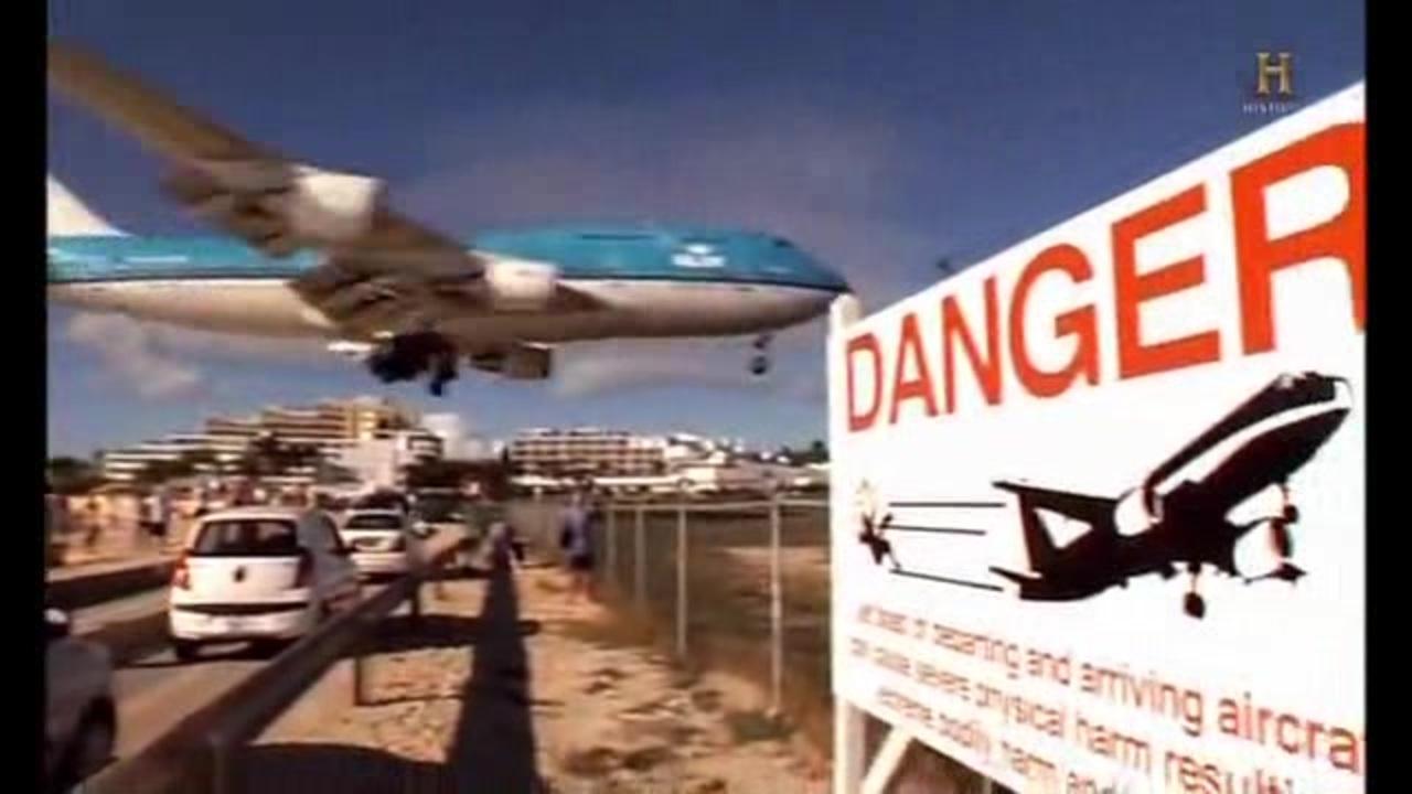 便 遭難 空軍 事故 機 571 ウルグアイ